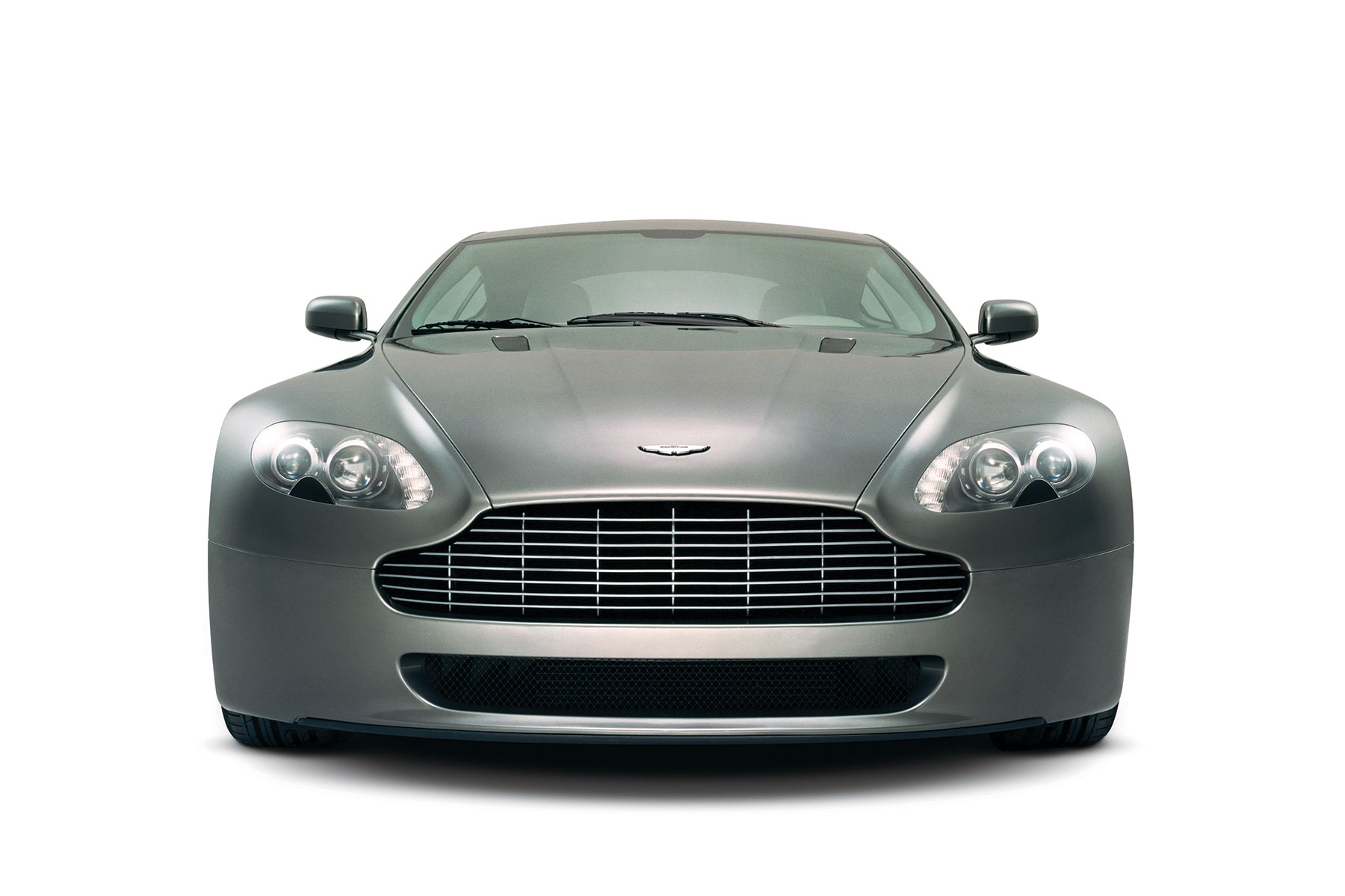 You Can Now Buy An Aston Martin V8 Vantage For 30 000 Retro Motor