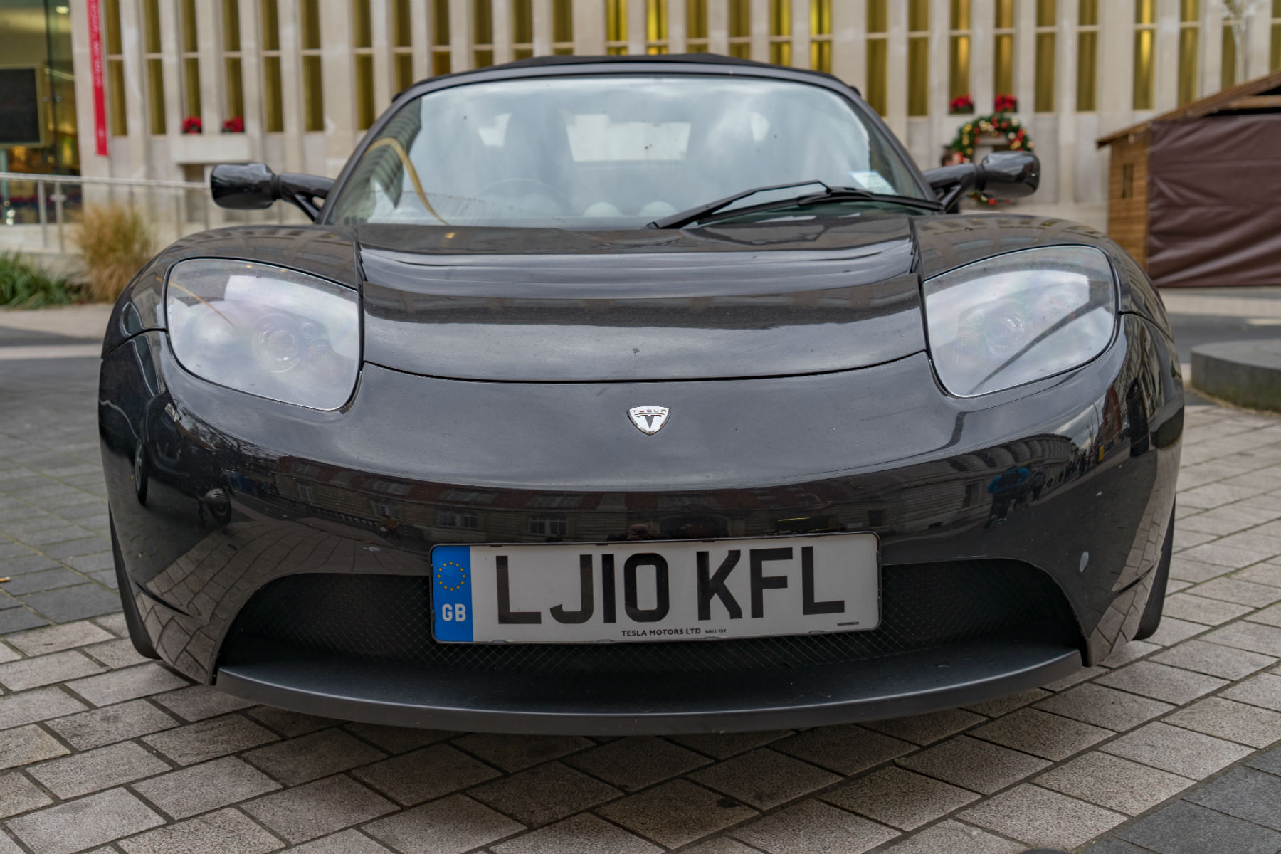 MR archive: Tesla Roadster review