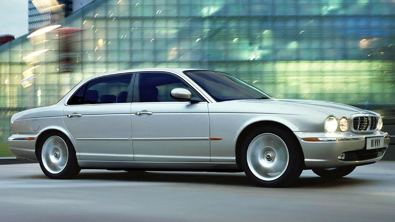 AB: Jaguar X350 XJ6