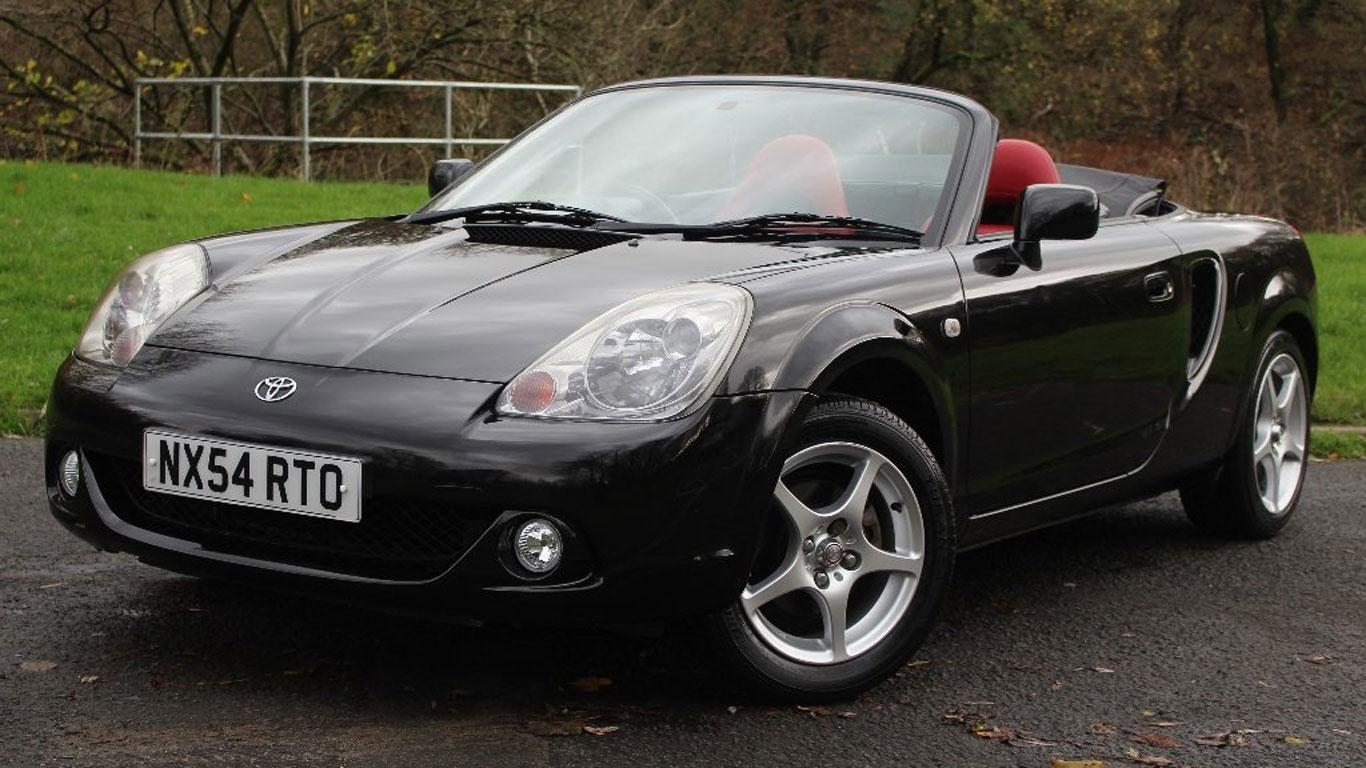 Toyota MR2: £4,990